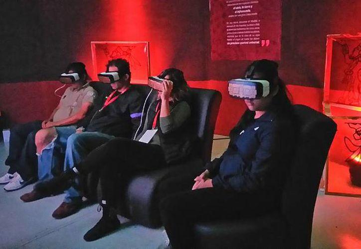 Una empresa liderada por jóvenes de Chetumal creó lentes de realidad virtual que sirven para hacer más entretenida la ciencia. (Hypnogic/Facebook)
