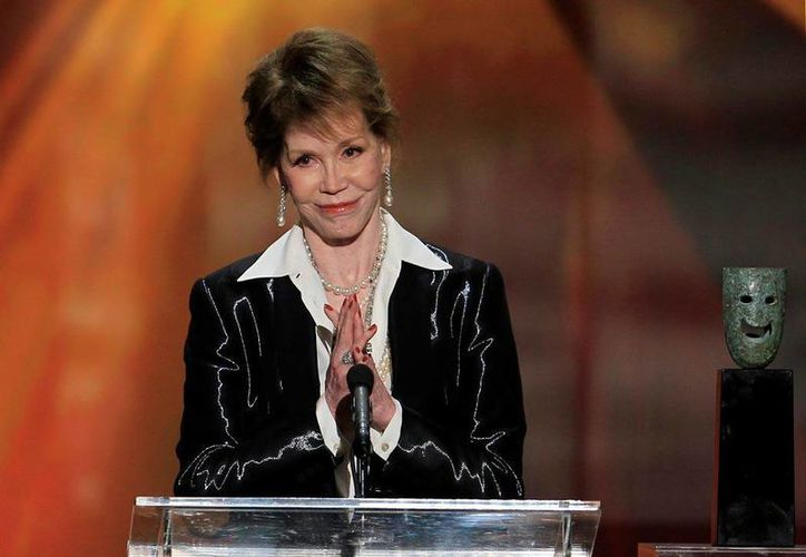 Mary Tyler Moore protagonizó un popular programa televisivo que llevaba su nombre, falleció a causa de problemas de diabetes. (Archivo/AP)