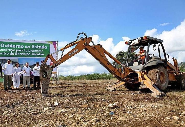El Centro de Servicios Yucatán concentrará 2 módulos de trámites vehiculares que actualmente operan en la ex Penitenciaría Juárez y el Centro de Convenciones. (Cortesía)