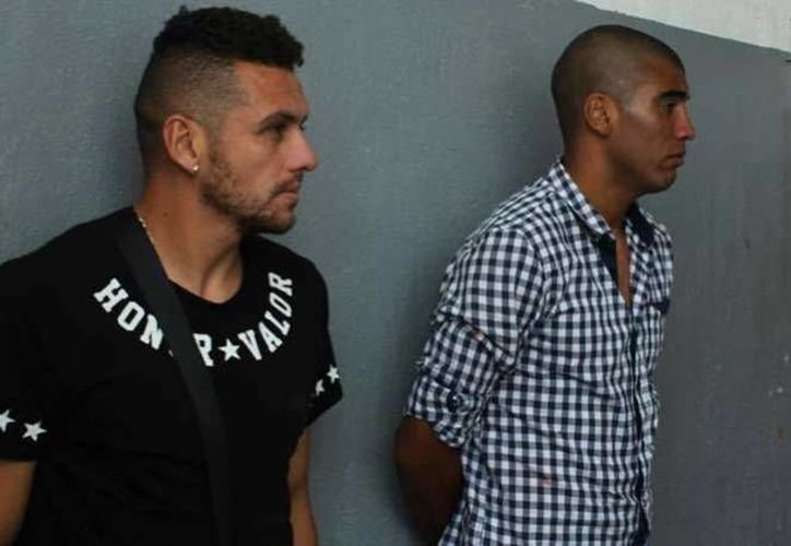Alejandro Molina Núñez y Luis Antonio Gorocito, jugadores del club Necaxa, están detenido por la agresión a un joven. (excelsior.com.mx)