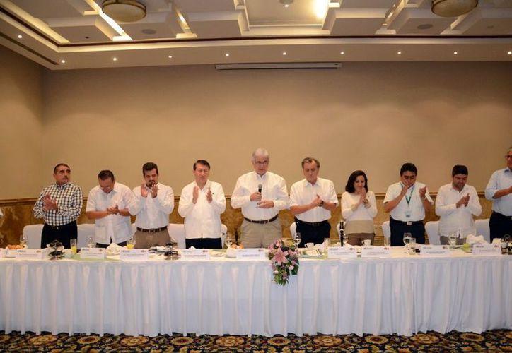 Los empresarios mostraron interés por incursionar en el FIDE. (Milenio Novedades)