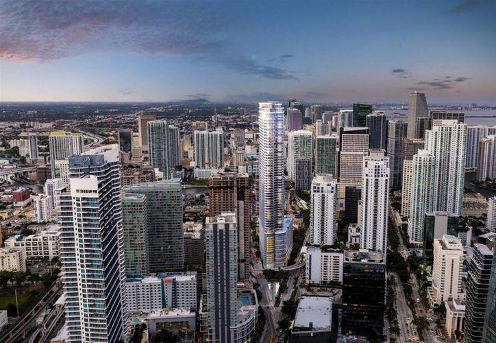 La ciudad de Miami luce dominada por impresionantes rascacielos de lujosos departamentos para satisfacer la demanda de las personas acaudaladas. (skyscraperpage.com)