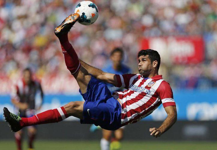 El brasileño, quien es delantero del Atlético de Madrid, descubrió que tiene más probabilidad de llegar con España a la Copa del Mundo que representado a su país. (Agencias)