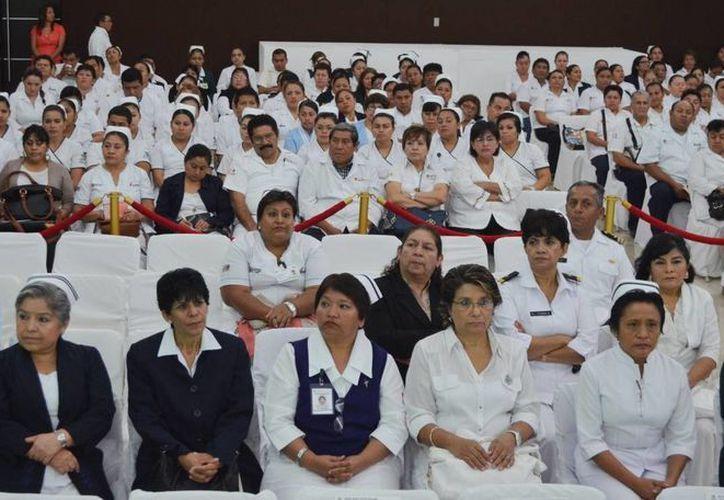 Buscan reafirmar conocimientos del personal de enfermería. (Redacción/SIPSE)