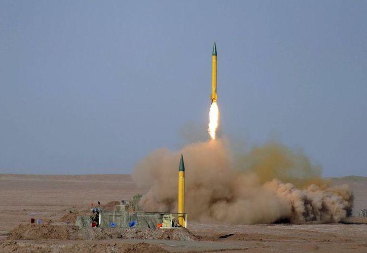 """Maniobras realizadas por la Fuerza Aeroespacial de los Guardianes de la Revolución en el desierto iraní de """"Dashte Lut"""". (Archivo/EFE)"""