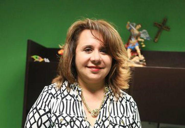 """""""Yo no vengo de una familia de alto poder adquisitivo, por eso siempre la lucha y el esfuerzo que me han ayudado a crecer"""" aseveró Berta Alicia Rosado Rodríguez. (Milenio Novedades)"""