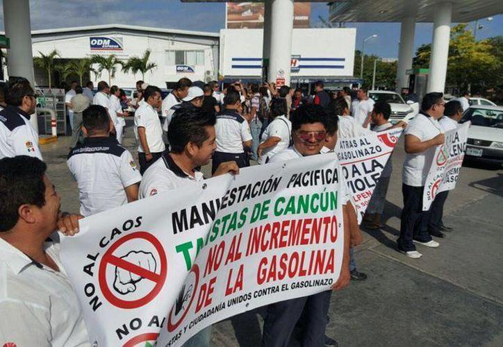 La lista de las gasolineras que pretendían bloquear se redujo a 16. (Jesús Tijerina/SIPSE)
