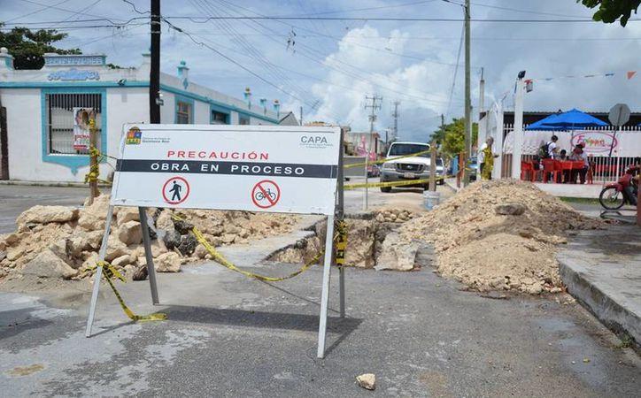 Se construye el sistema de drenaje pluvial en diversos puntos susceptibles de toda la isla, con el fin de mitigar encharcamientos e inundaciones. (Redacción/SIPSE)