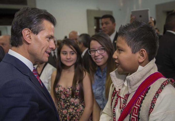 Pela Nieto aseguró que respaldará a todos los adolescentes en esta 'etapa definitoria' de la vida. (Presidencia)