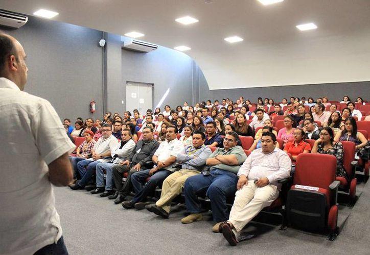 Forenses de la Fiscalía de Yucatán recibirán capacitación en el marco del Ciclo de Conferencias de Ciencias Forenses. (Cortesía)