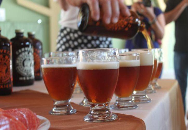 Durante los dos días del evento habrá catas, talleres y degustaciones con maestros cerveceros. (Daniel Pacheco/SIPSE)