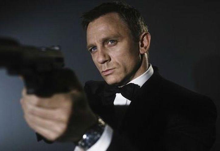 Se habló mucho de quién sería el próximo 'James Bond', pero la productora, Barbara Brocolli, ha logrado hablar con Daniel para estar en dos películas más.
