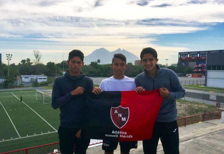 Antonio Valencia, Antonio Estrada y Ángel Reyes están a prueba en las fuerzas básicas de Tigres de la UANL, en Monterrey. (Milenio Novedades)