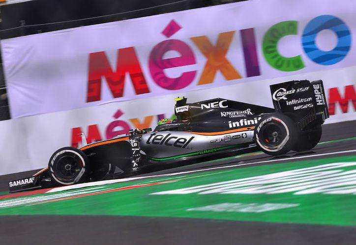 Sergio Perez, de la escudería Force India, durante la carrera del Fórmula 1 Gran Premio de México. (Jammedia)