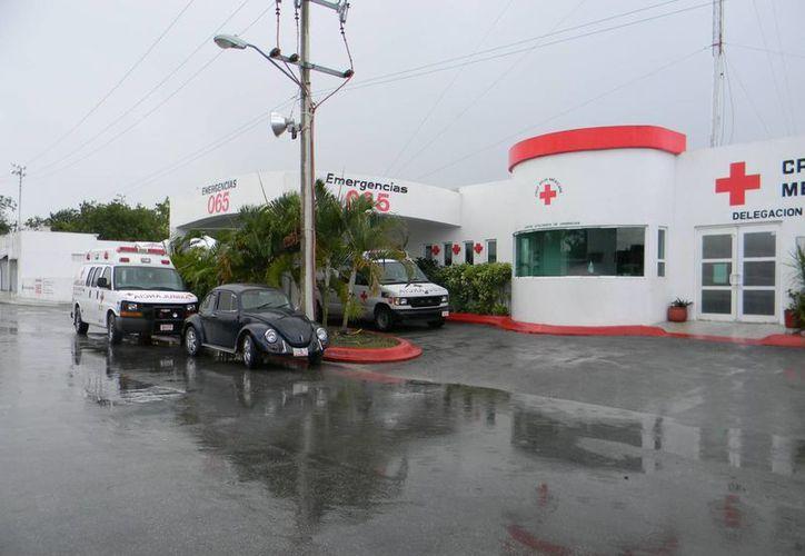 La Cruz Roja Mexicana de Cozumel ahora sólo sirve como base logística a sus propias ambulancias y a las de la Cámara Hiperbárica. (Julian Miranda/SIPSE)