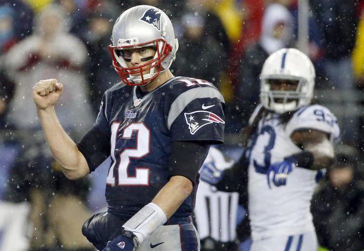 Brady busca igualar a Montana y a Bradshaw con cuatro anillos de Super Tazón. (Foto: AP)