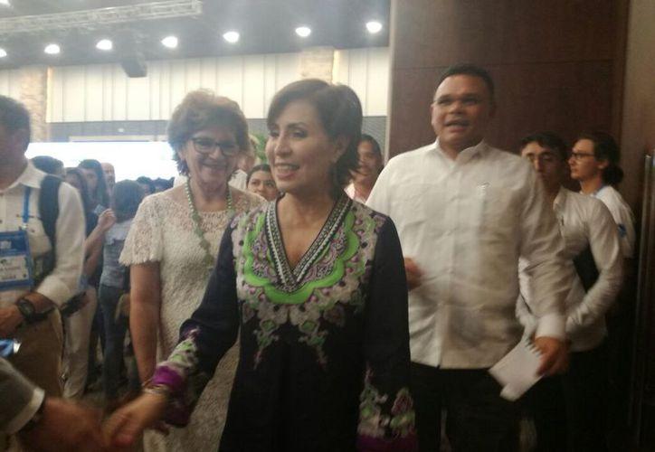 Rosario Robles, titular de la Sedatu, realizó una pequeña gira por la capital este jueves. (Patricia Itzá/SIPSE)