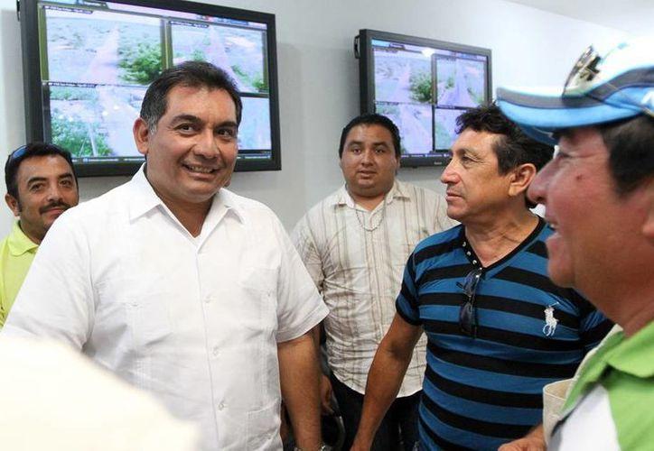 Aspecto de la reunión entre el secretario general de Gobierno y alcaldes de San Felipe, Río Lagartos y Tizimín. (Milenio Novedades)