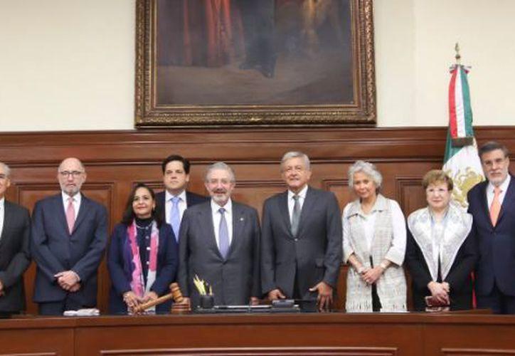 López Obrador, afirmó que la reunión que tuvo con los ministros de la Suprema Corte se desarrolló con respeto. (Twitter)