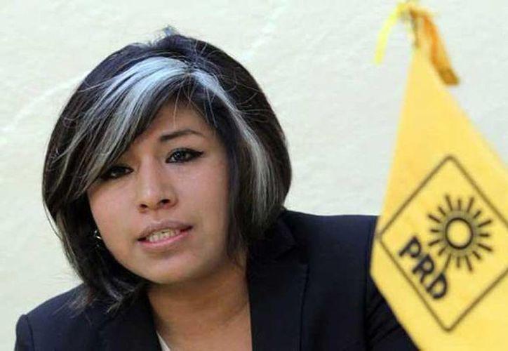 Roxana Luna agradeció en su cuenta de Twitter que la hayan elegido como la candidata del PRD para contender en las elecciones a la gubernatura de Puebla. (twitter.com/unomasunomx)