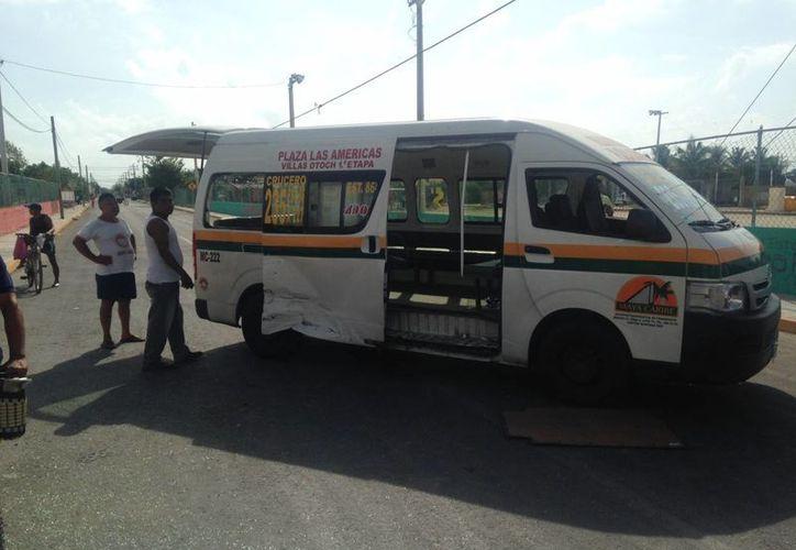 El accidente ocurrió sobre la avenida Chetumal, en la Supermanzana 227. (Redacción/SIPSE)