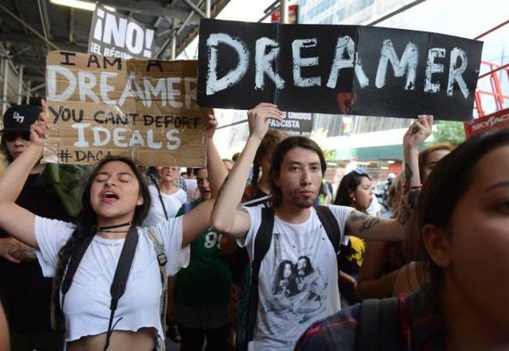 De continuar los trabajos, se presentará a votación antes del 8 de febrero una iniciativa de ley a favor de 'dreamers'. (Contexto/Internet)