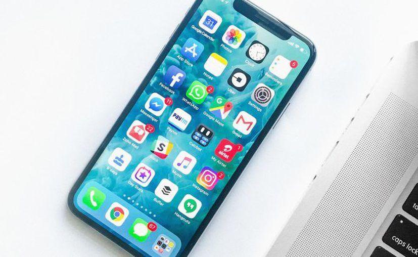 La empresa Apple ya cuenta con una patente para que su IPhone almacene identificaciones oficiales. (Hipertextual)
