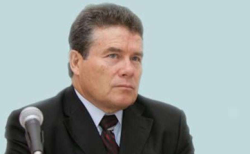 Juan Díaz de la Torre, titular del SNTE: la primera evaluación a maestros será en 2015. (Internet)