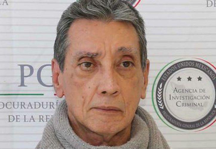 Villanueva ha pedido por su edad y mal estado de salud, el beneficio de la prisión domiciliaria, pero no la ha obtenido. (Aristegui Noticias)
