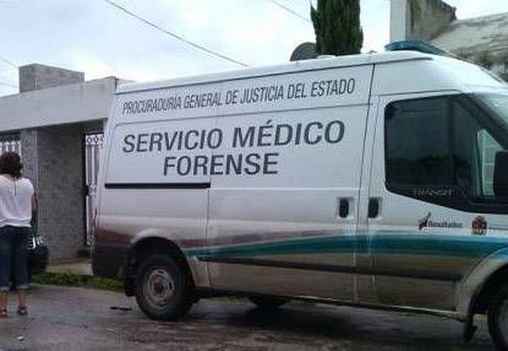 El cuerpo fue trasladado por personal del Servicio Médico Forense. (Archivo/SIPSE)