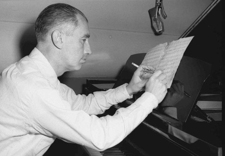 Francisco Gabilondo Soler nació el 6 de octubre de 1907 en Orizaba, Veracruz, y falleció el 14 de diciembre de 1991. (archivotomasmontero.org)