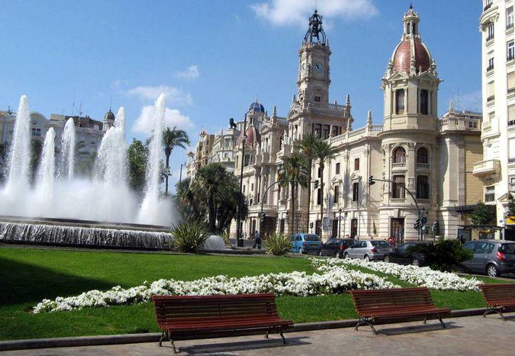 Valencia es un importante polo turístico que atrae miles de visitantes al año. (theprisma.co.uk)
