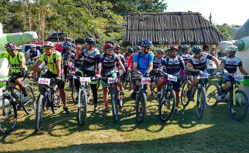 Las actividades iniciaron con una competencia de bicicleta de montaña, mismas que se prolongarán hasta el próximo miércoles. (Javier Ortíz/SIPSE)
