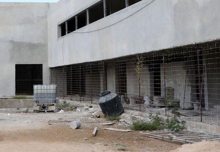 Avanza construcción de la nueva bodega del Banco de Alimentos de Mérida. (Daniel Sandoval/ SIPSE)