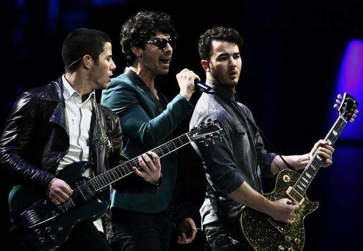 El grupo estadounidense Jonas Brothers en el Festival Internacional de Viña del Mar, Chile. (Archivo/EFE)
