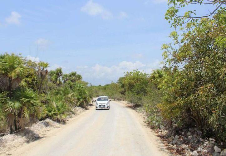 Buscan que el camino a Punta Allen no se deteriore tan rápido con la temporada de lluvias. (Foto: Contexto/Internet)