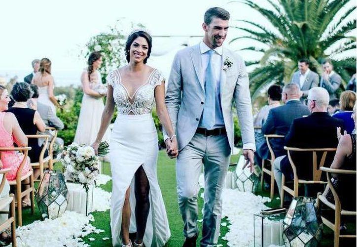 Michael Phelps y Nicole Johnson no han dado a conocer dónde se realizó la ceremonia, sin embargo se rumora que fue en Cabo San Lucas.(Foto tomada de Instagram/m_phelps00)