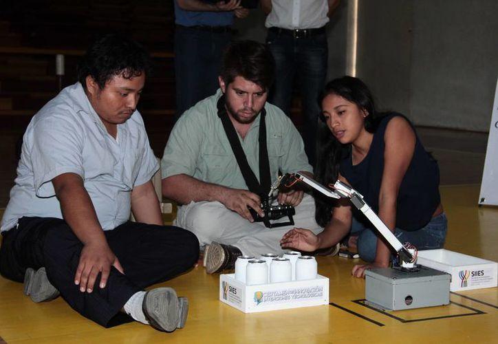 En este concurso se presentaron 23 valiosos proyectos de estudiantes de diferentes universidades de Yucatán. (Jorge Acosta/ Milenio Novedades)