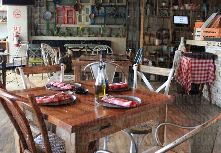 Los restaurantes se han visto afectados por la delincuencia. (Luis Soto/SIPSE)