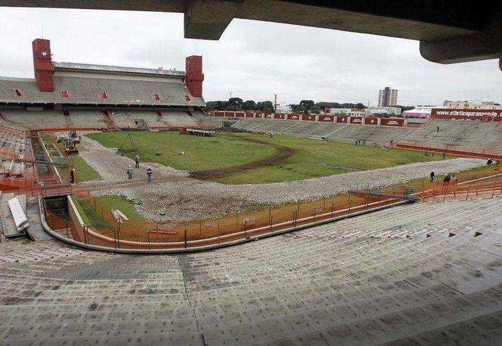 El 18 de frebrero la FIFA decidirá si excluye o no a Curitiba como sede de la Copa del Mundo. (Agencias)