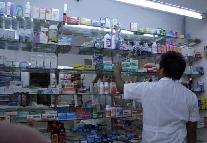 Autoridades toman medidas contra la distribución de medicamentos caducos. (Archivo SIPSE)