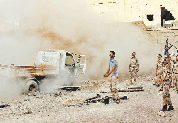 Ayer prosiguieron los combates en Deir al Zor, en el este del país. (Milenio)