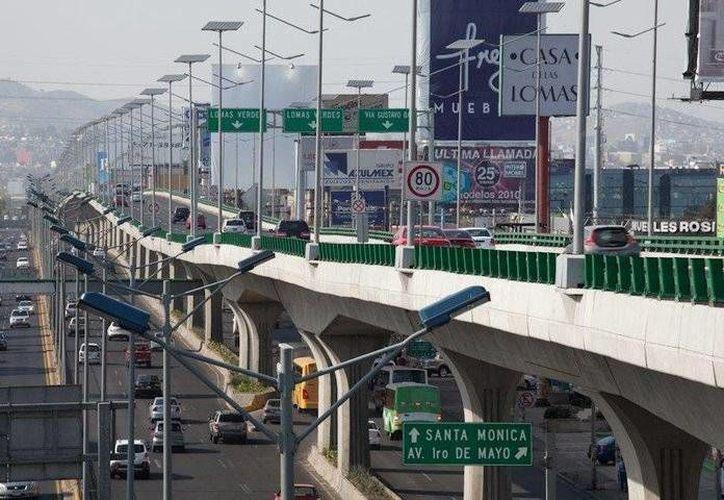 Un diario español aseguró que OHL es la constructora 'consentida' del gobierno de Peña Nieto: ellos se encargaron de las obras del Viaducto Bicentenario. (Facebook/Viaducto Bicentenario)