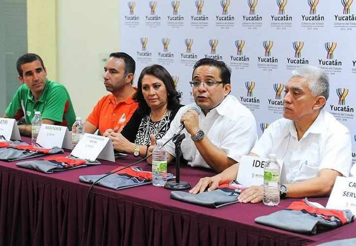 Autoridades, deportistas y empresarios presentaron eventos. (Milenio Novedades)