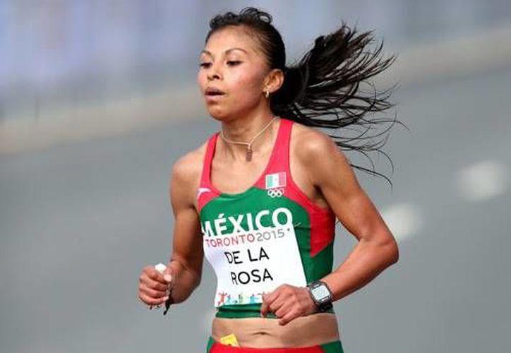 La mexicana Vianey de la Rosa obtuvo el primer lugar en la categoría femenil de la tradicional carrera de San Silvestre, en la categoría varonil el ganador fue Fabián Guerrero.  (Sitio oficial: Conade)