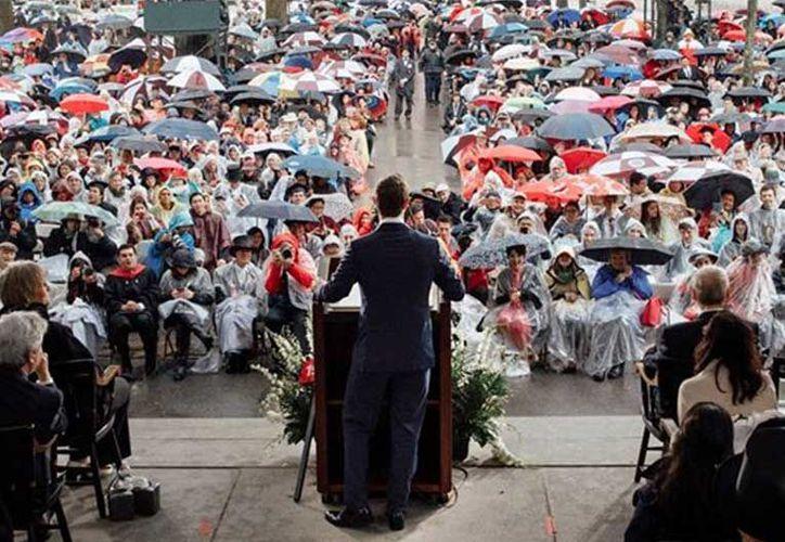 Zuckerberg en discurso al recibir título de Doctorado (Foto:Excelsior)
