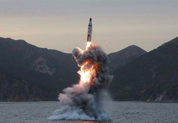 El lanzamiento del proyectil se realizó en dirección al Mar de Japón. (Milenio).