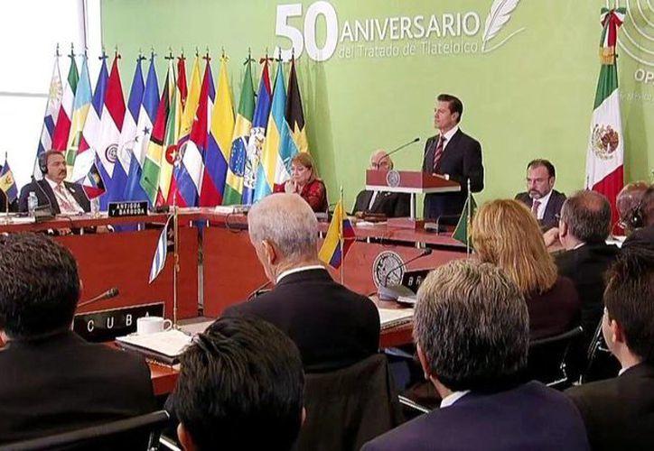 El presidente Enrique Peña Nieto durante su mensaje en el marco de la 25ª Sesión del Opanal, a 50 años de la firma del Tratado de Tlatelolco. (@PresidenciaMX)