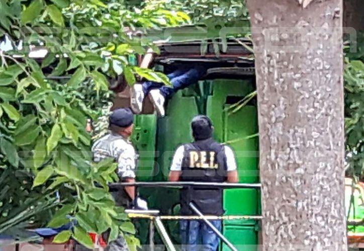 El cuerpo del trabajador quedó prensado en el teleférico del parque.  (SIPSE)