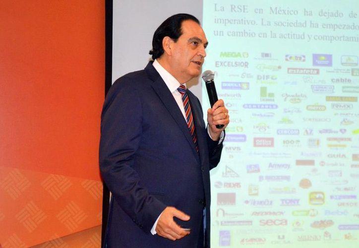 Roberto Delgado Gallart, fundador y director de la Facultad de Responsabilidad Social de la Universidad Anáhuac, analizó los desafíos frente a la responsabilidad social. (Milenio Novedades)